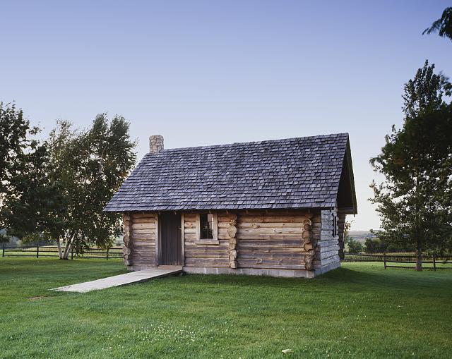 Roadschooling Summer Vacation Little House Replica